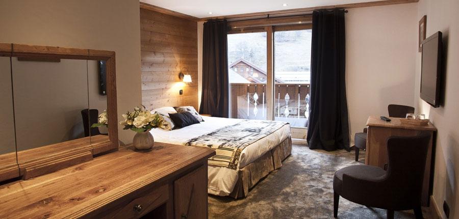 France_Meribel_Hotel-la-chaudanne_Bedroom-junior.jpg